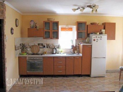 Будинок, Суворова