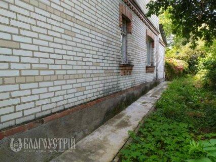 Будинок, Черняхівського, 46