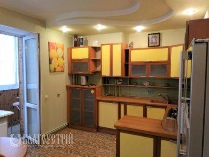 2-x квартира, Острозького